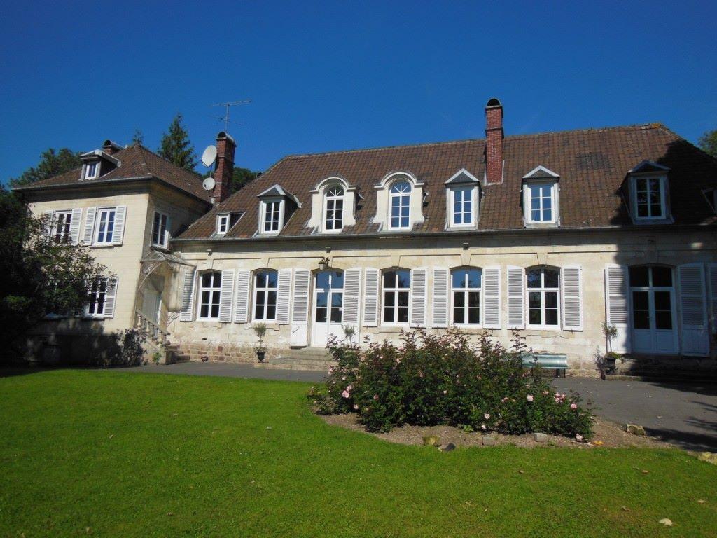 Shooting d inspiration  mariage au Château de NaoursChâteau de Naours e7113f7e4e5e