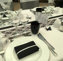 Mariage noir et blanc dentelle